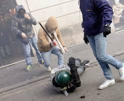 una aggressione - polizia